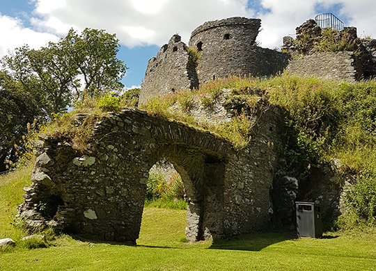 Dundrum Castle tour - Northern Ireland